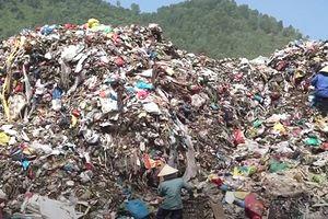 Vừa bị phạt 1,1 tỷ đồng, lãnh đạo bãi rác ô nhiễm nhất Đà Nẵng lên chức
