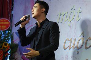 Thanh Cường vượt qua cuộc đại phẫu để hát 'Cho một cuộc tình lỡ'