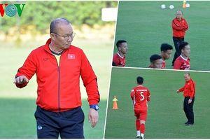 Mất Văn Thanh, HLV Park Hang Seo đăm chiêu tìm giải pháp thay thế