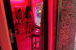 Amsterdam lên kế hoạch di dời khu đèn đỏ vì quá tải
