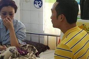 Thiếu nữ bị nhóm phụ nữ hành hung:Đâm nhiều nhát vào mặt