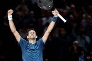 Djokovic chạm trán Federer ở bán kết Paris Masters