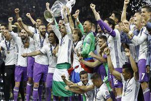 16 'ông lớn' châu Âu quyết tẩy chay Champions League, lập Super League