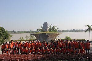 Kết thúc hành trình 'Làng Sen quê Bác - Sông Mã anh hùng'