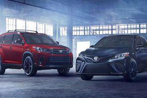 'Soi' chi tiết bộ đôi Toyota Camry, Highlander 2019 sắp ra mắt