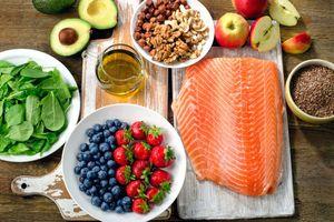Ba chế độ ăn uống giúp giảm huyết áp hiệu quả