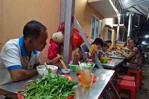 Quán phở tên lạ 35 năm níu chân người Sài Gòn bởi mùi thơm khó cưỡng