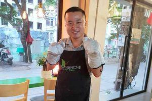 Đầu bếp ngoại sang Việt Nam lập nghiệp: Chàng Hàn Quốc 'yêu cô gái Việt mà đến'