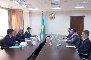 Azerbaijan, Kazakhstan thảo luận kế hoạch xây dựng nhà máy LNG