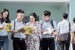 Đề xuất bỏ chính sách miễn học phí cho sinh viên sư phạm