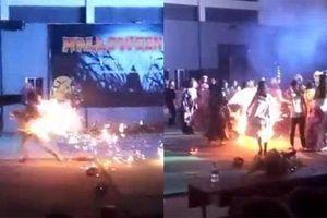 Nữ sinh gặp nạn, bốc cháy như đuốc tại lễ hội Halloween
