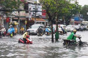 Dự báo thời tiết 4/11: Nguy cơ ngập lụt vùng trũng thuộc khu vực TP.HCM