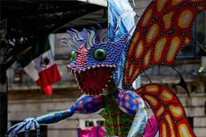Những bức ảnh thú vị trong lễ hội 'Ngày của người chết' ở Mexico