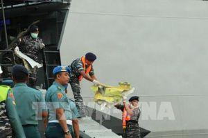 Phát hiện thân và động cơ máy bay Lion Air bị rơi xuống biển ở Indonesia