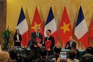 MTTQ Việt Nam ký kết Thỏa thuận hợp tác với Hội đồng Kinh tế - Xã hội và Môi trường Pháp