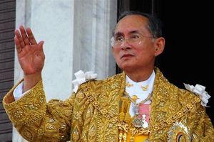 Đức vua tôn kính Bhumibol Adulyadej trong lòng người dân Thái Lan
