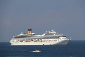 Tham quan Phú Quốc bằng tàu du lịch quốc tế với 1.400 phòng ngủ