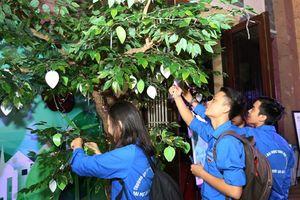 Nâng cao nhận thức của người trẻ về ảnh hưởng các biến động môi trường và xã hội