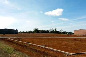 Nhiều cán bộ bị kiểm điểm vì sai phạm trong quản lý đất