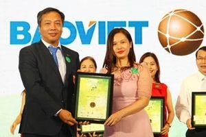 Bảo Việt lập 'hattrick' giải thưởng tại Cuộc bình chọn doanh nghiệp niêm yết năm 2018