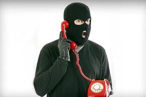 Lừa đảo qua điện thoại: Đã cảnh báo mà vẫn sập bẫy