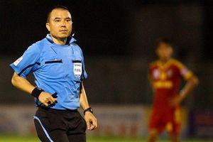 Trọng tài Việt Nam tạo nên tình huống tranh cãi nhất lịch sử AFF Cup