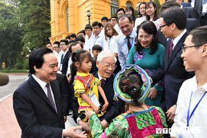 Tổng Bí thư, Chủ tịch nước Nguyễn Phú Trọng gặp mặt học sinh, sinh viên xuất sắc