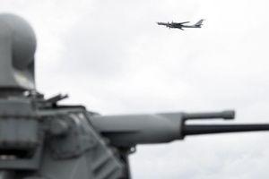 Máy bay Nga bất ngờ xuất hiện trong cuộc tập trận của NATO