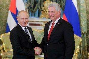 Nga tính cho Cuba vay 43 triệu USD mua vũ khí do Nga sản xuất