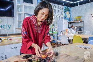 Một ngày cảm thấy hết duyên, nữ kiến trúc sư nghỉ việc ở nhà làm bánh Trung thu 3D lãi cả trăm triệu/tháng, đào tạo hàng nghìn học viên