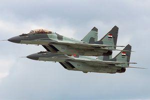 Tiêm kích MiG-29 của Ai Cập bị rơi, phi công nhảy dù an toàn