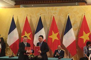 Bắt đầu cấp bằng đôi Pháp - Việt cho trình độ đại học