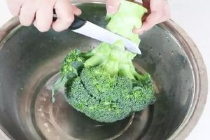 Ăn súp lơ hàng ngày nhưng không phải ai cũng biết mẹo làm sạch chúng chuẩn nhất