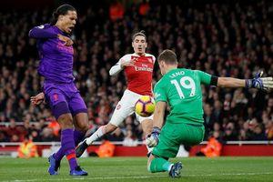 Arsenal ra tay tương trợ, Man City có cơ hội độc bá ngôi đầu