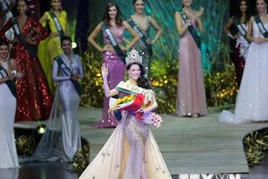Hình ảnh Nguyễn Phương Khánh đăng quang Hoa hậu Trái Đất 2018