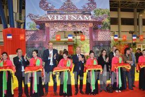 Tưng bừng không gian Việt Nam tại Hội chợ quốc tế Grenoble 2018 ở Pháp