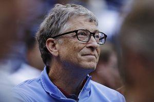 Bill Gates đưa ý tưởng đánh thuế robot giúp con người giữ được việc làm