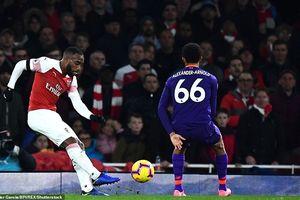 Arsenal cầm chân Liverpool trên sân Emirates