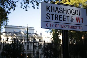 Các nhà hoạt động nhân quyền 'đổi tên' đường phố bên ngoài Đại sứ quán Arab Saudi tại London
