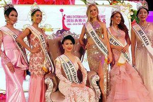 Loan Vương đăng quang Hoa hậu quý bà quốc tế - Mrs International 2018