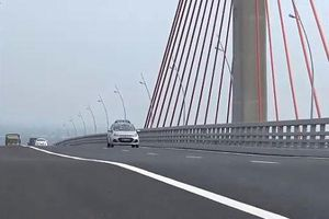 Bộ trưởng Giao thông yêu cầu kiểm tra chất lượng cầu Bạch Đằng sau phản ánh bị lún võng