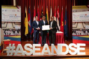 Sinh viên Việt Nam giành giải ba cuộc thi dữ liệu khu vực ASEAN