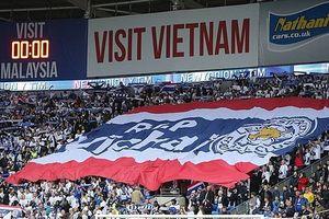Chữ 'Sài Gòn' trên tay áo Leicester và trận cầu nhớ Vichai