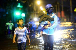 Người Sài Gòn lại đối mặt với đợt triều cường mới