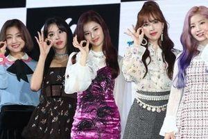 Twice đánh bại EXO sau ít giờ phát hành ca khúc mới