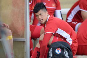 Trung vệ ĐT Việt Nam: 'Trận ra quân ở AFF Cup sẽ khó khăn'