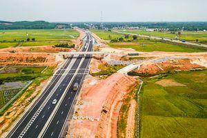 VEC lên tiếng cao tốc Đà Nẵng - Quảng Ngãi bị sụt lún