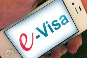 Quốc hội xem xét về việc kéo dài thời hạn thực hiện thí điểm cấp thị thực điện tử