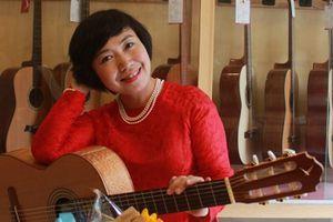 'Guitar và đam mê' với nhà làm đàn Swallow