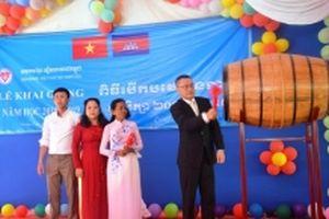 Trường con em Việt kiều ở Campuchia khai giảng năm học mới